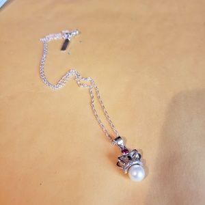 Vantel Pearl's Crown Jewel necklace